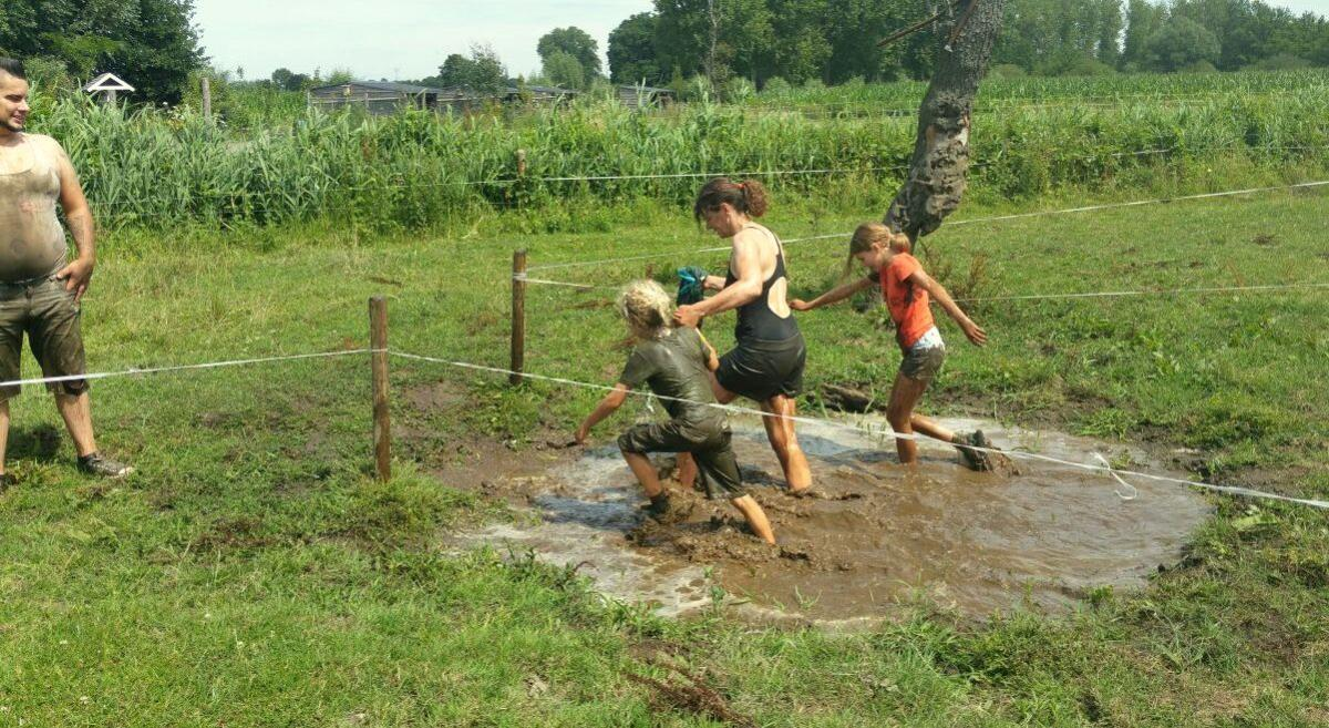 Mud race modder
